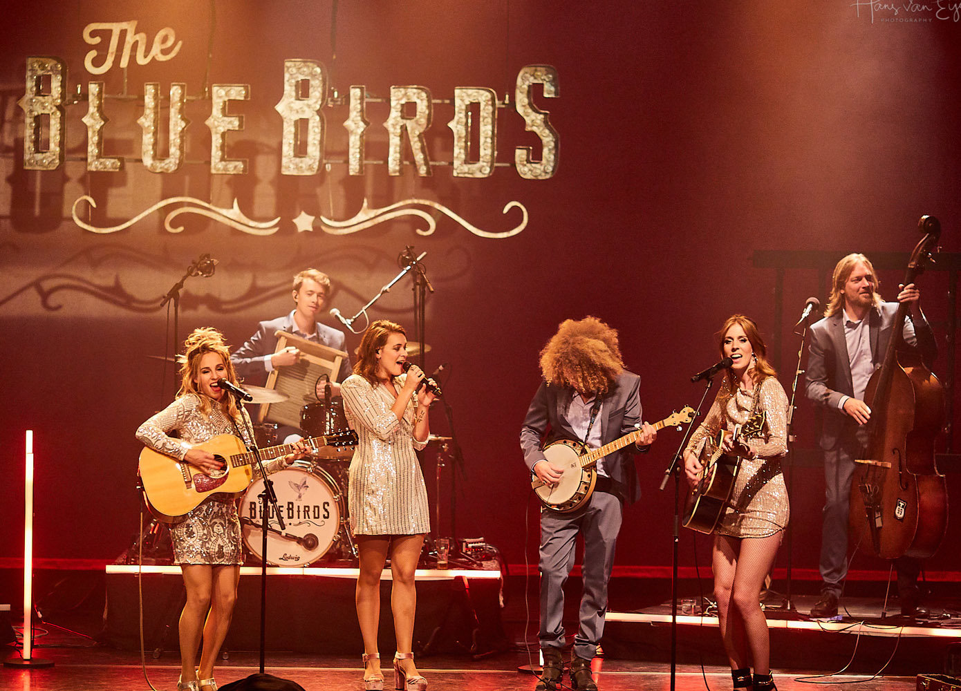 The Bluebirds - Elske DeWall, Krystl en Rachel Louise